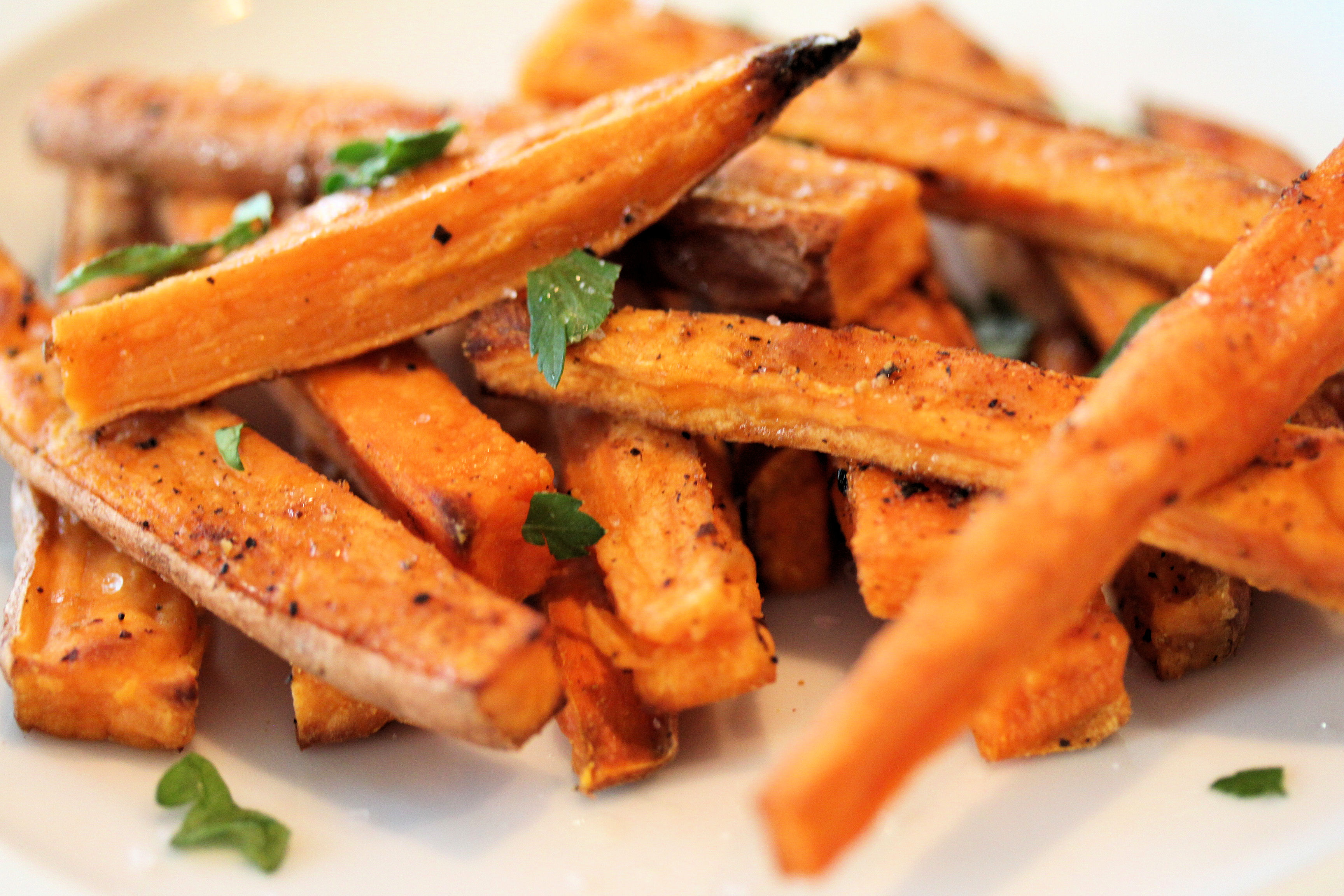 low-carbohydrate-food-paleo-sweet-potatoes